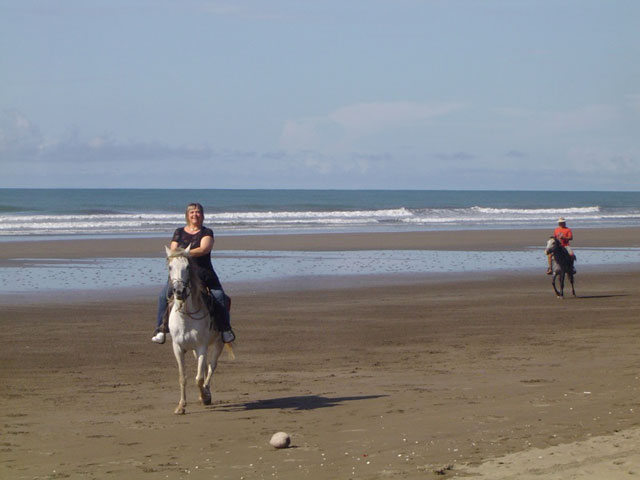 beach ride las lajas beach